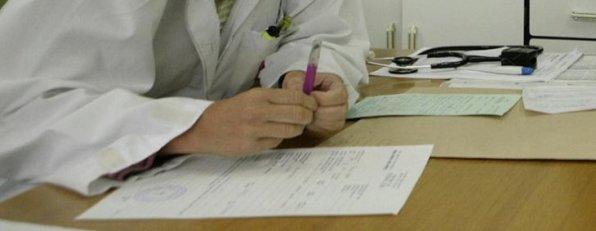 medico%20parte596 - CCOO critica las propuestas de alta de las mutuas sin necesidad de reconocimiento médico